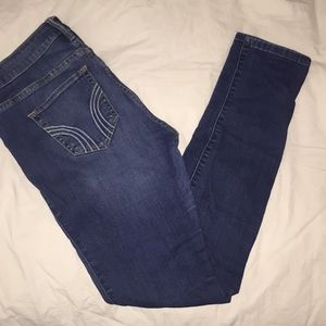 Hollister super skinny low rise jeans👖!